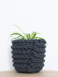 Small crochet cotton sustainable eco plant pot - back view - charcoal grey | Knttd