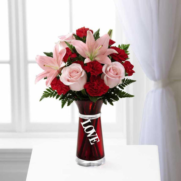 FTD Hold My Heart™ Bouquet