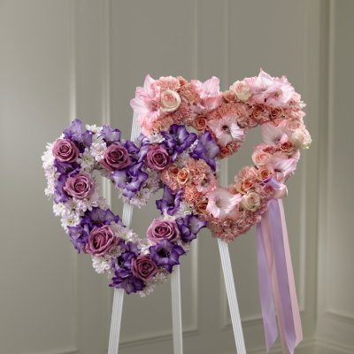 FTD Hearts Eternal Easel
