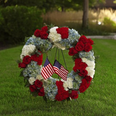 FTD To Honor One's Country Wreath
