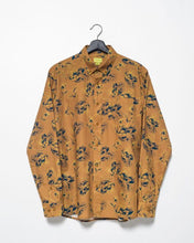 Load image into Gallery viewer, Floral Bloom Printed Button Down