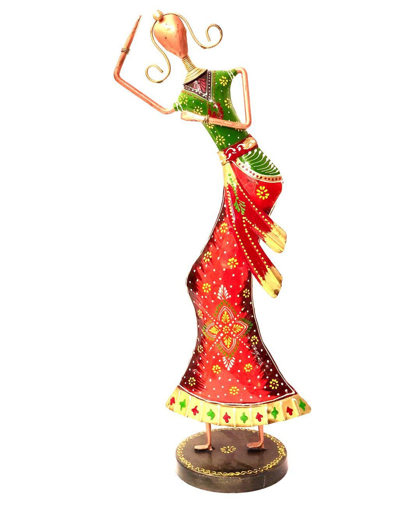 Majestic Lady Performer In Traditional Indian Attire Metal Decor Tamrapatra - Tanariri Hastakala