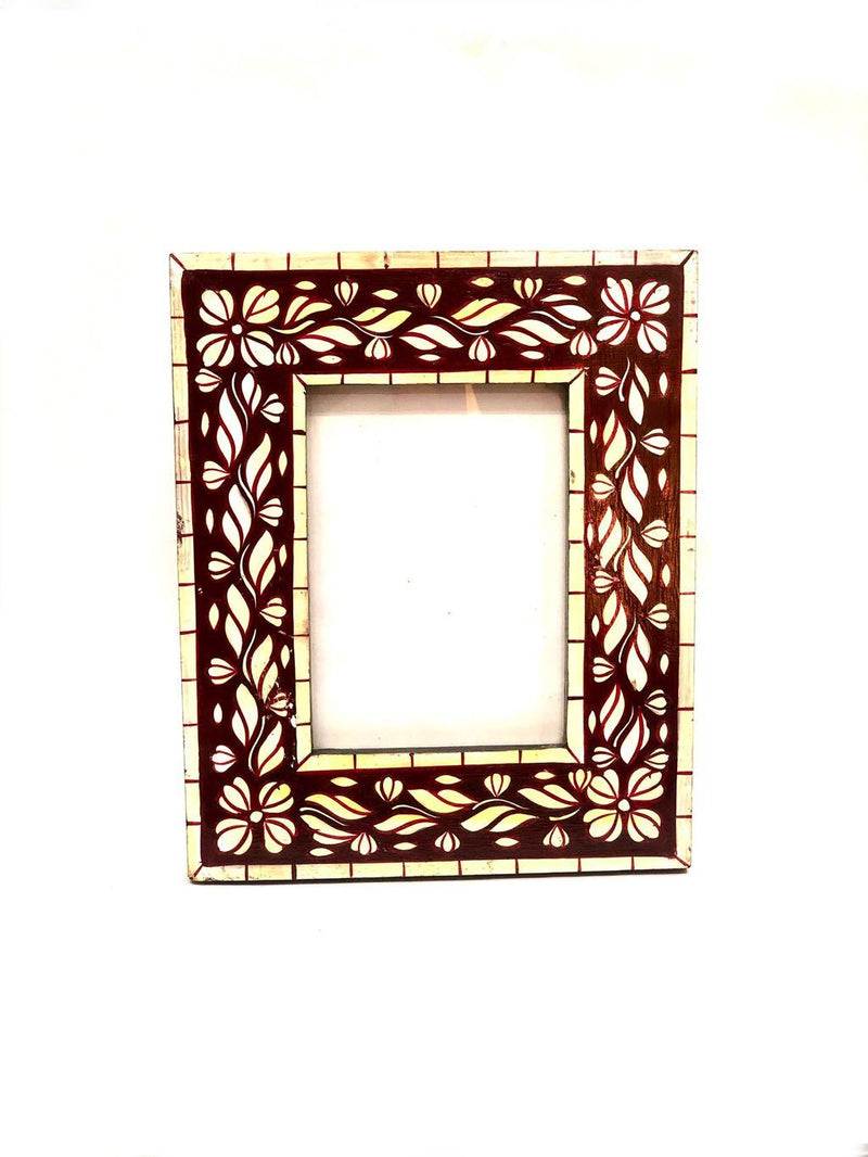 Floral Printed Border With Wide Glass Photo Frame Lovely Gifts Tamrapatra
