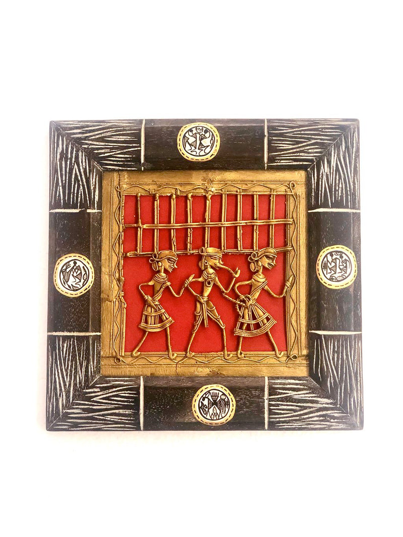 Attractive Wooden Carved Classic Frame With Dhokra Art Tamrapatra