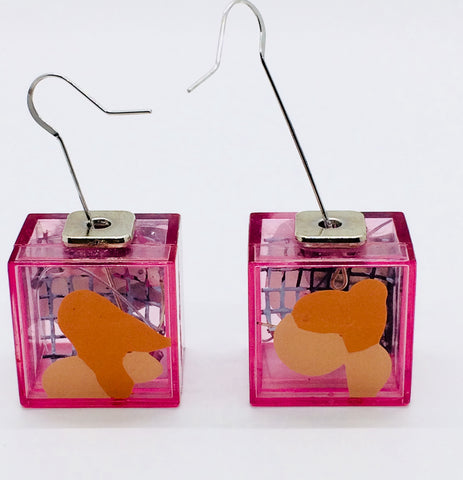 Red Node Art Cube  Earrings.01