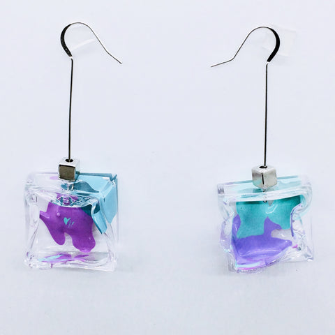 Clear/Purple Node Art Cube Earrings.02