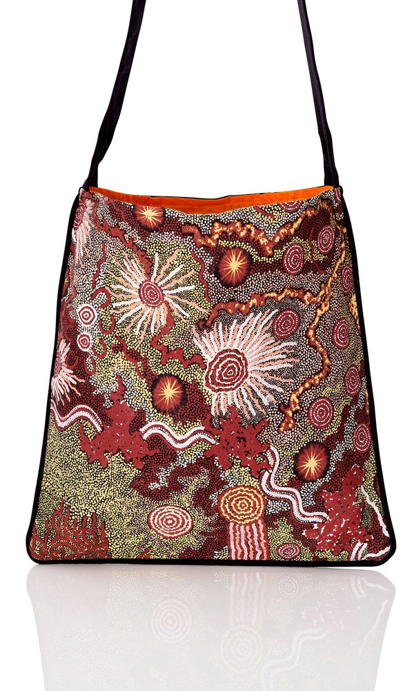 Aboriginal Art Canvas Tote Bag Medium by Damien & Yilpi Mark (2)