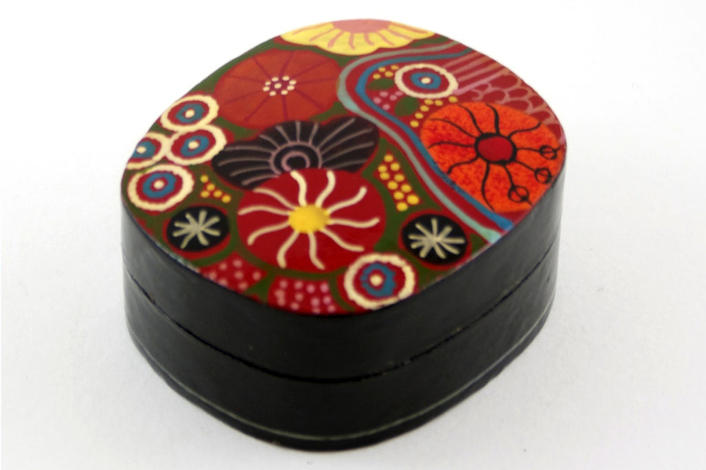 Aboriginal Art Small Lacquer Box by Damien & Yilpi Marks (2)