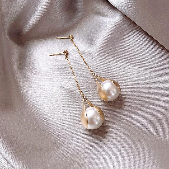 Long Tassel Pearl Ball Drop earrings