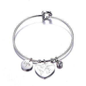 Classical Round Big Heart Pendant Bangle