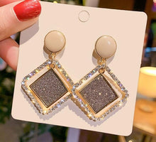 Load image into Gallery viewer, Geometric Square Crystal Drop Earrings