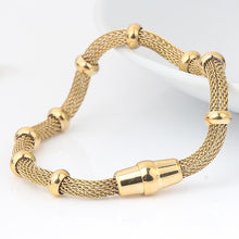 Load image into Gallery viewer, High quality Three Color stainless steel clasp Bracelet with charms cable mesh