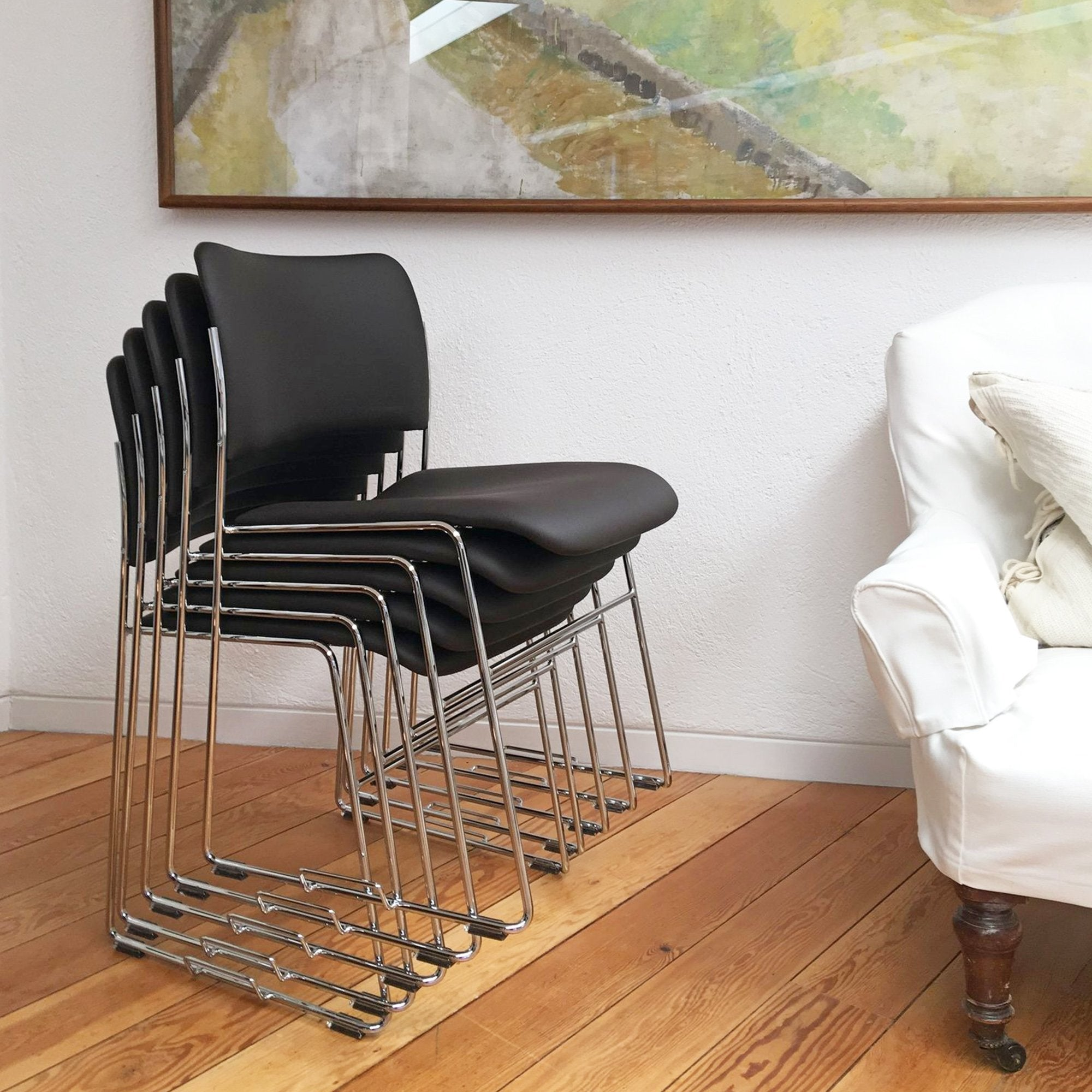 Howe 40 4 Chair By David Rowland Black Leather