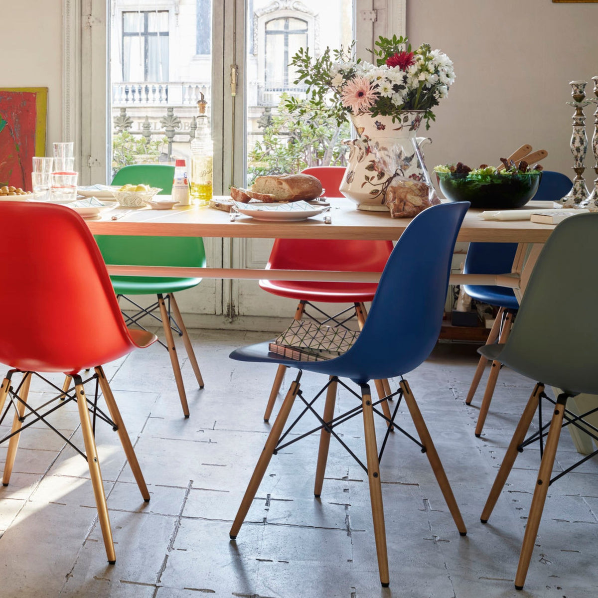 Vitra Eames DSW Plastic Side Chair Seating