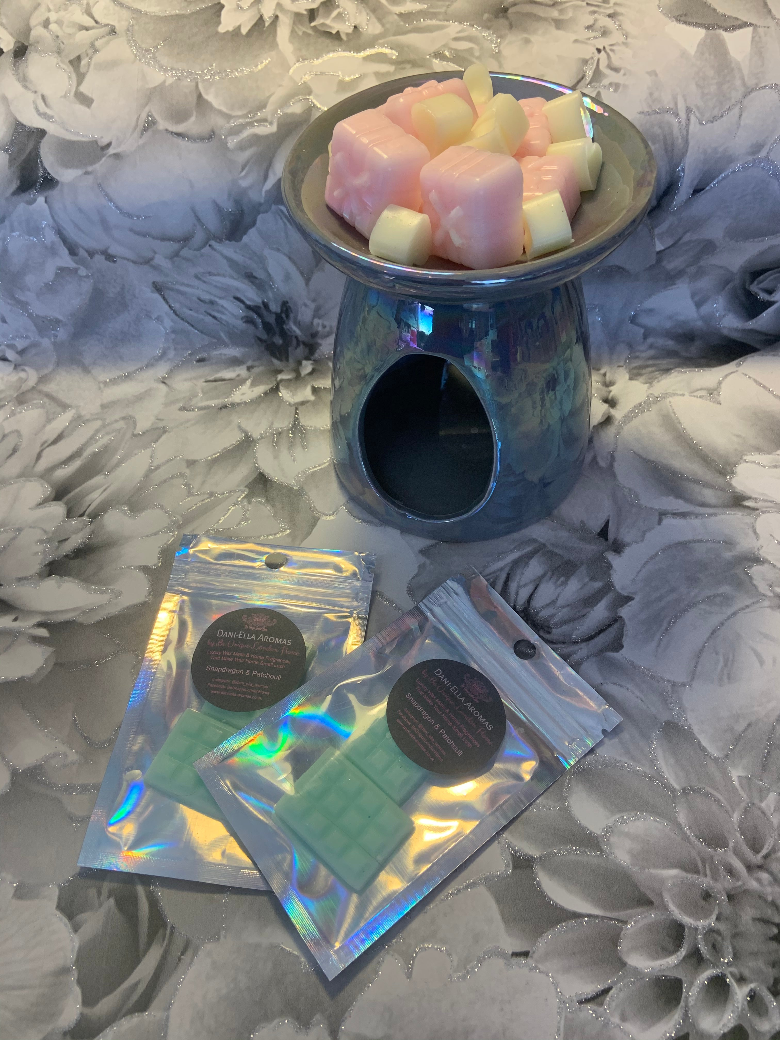 Snapdragon & Patchouli - Sample Bag Luxury Wax Melts
