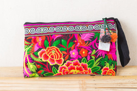 Embroidered black Clutch Bag (Rose Garden)