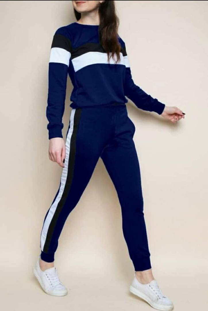 Classy Cotton Spandex Colourblocked Tracksuit For Women