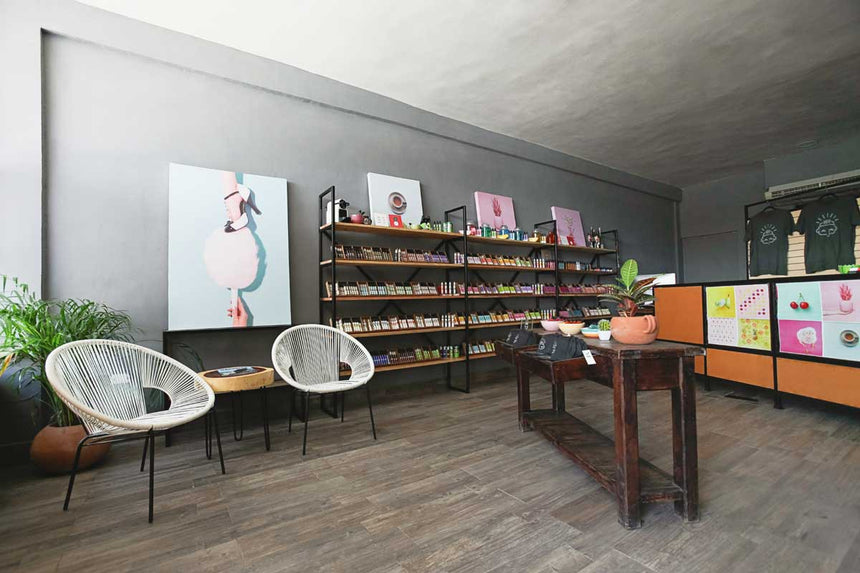 Nubecita, Mérida's newest vape shop, creates a uniquely stylish & comfortable experience.