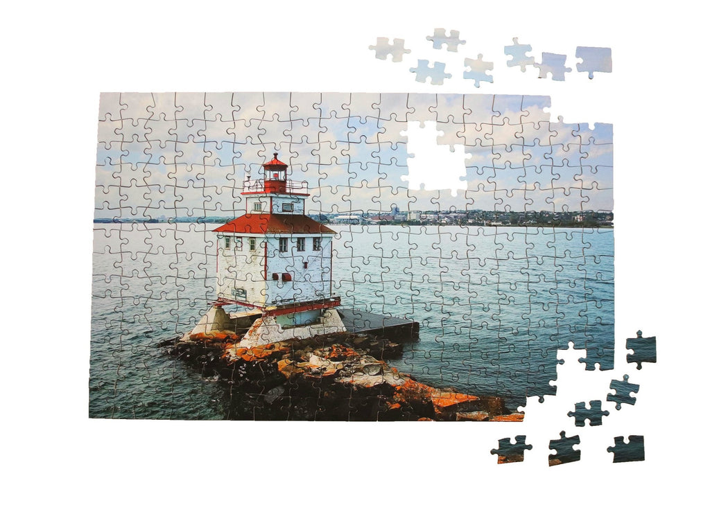 The Main Lighthouse jigsaw puzzle by North Shore Puzzles