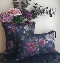 Load image into Gallery viewer, Black Winter Garden Jacquard Rectangle Tassel Cushion