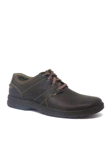 Clarks | 66255 | Senner Place | Brown