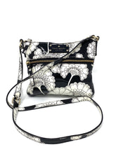Load image into Gallery viewer, Black And White Kate Spade Purse