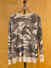 Load image into Gallery viewer, Grey Bloomingdales Cashmere Sweater, L