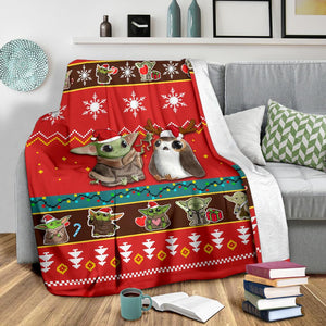 Red Baby Yoda Christmas Blanket