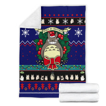 Load image into Gallery viewer, Totoro Christmas Blanket