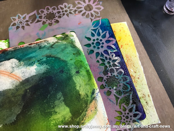 faux bleach effects with Dylusions Spray Inks