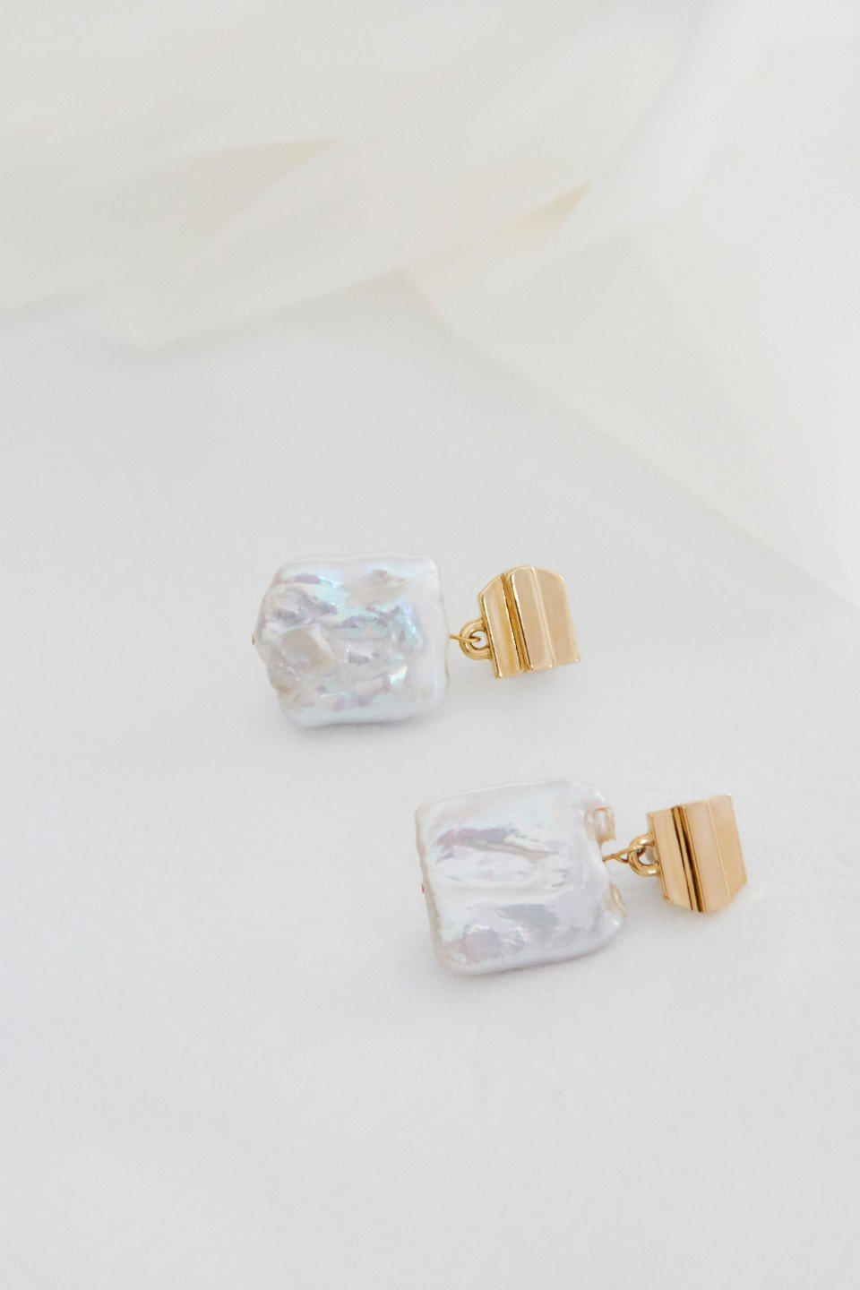 14k gold layered dome + freshwater pearl earrings