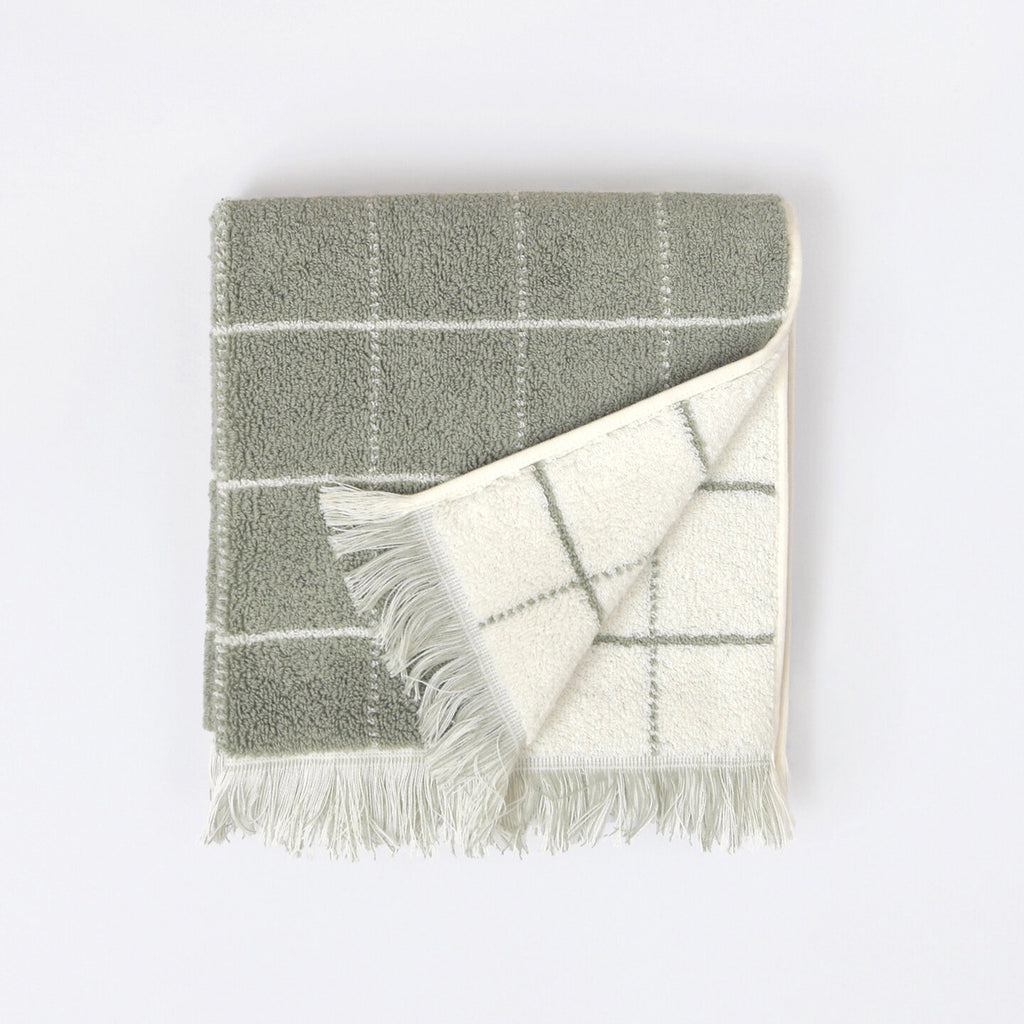 mountain grid hand towel