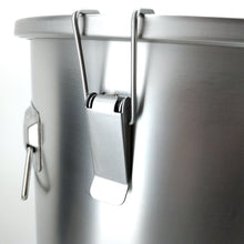 Load image into Gallery viewer, 26.5L - 304 Stainless Steel Brew Bucket - Three Chins Brewing