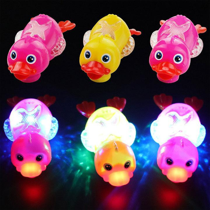 Cute  Duck  Flashing  Light  Toy  with  Universal  Wheel