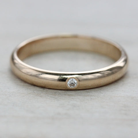 Classic Band with Lab-grown Flush-set Diamond