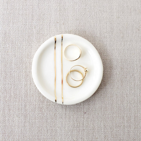 Minimalist Jewelry Dish With Gold Geometric Lines