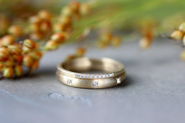 Bead Set Hand-carved Classic Wedding Band in Yellow Gold and Tiny Rustic Bead Set Band
