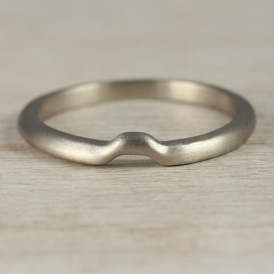 Octagon Contour Shadow Band, Women's Wedding Band - Aide-mémoire Jewelry