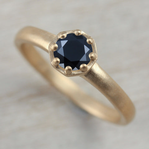 5mm Black Spinel Octagon Engagement Ring, Engagement Ring - Aide-mémoire Jewelry