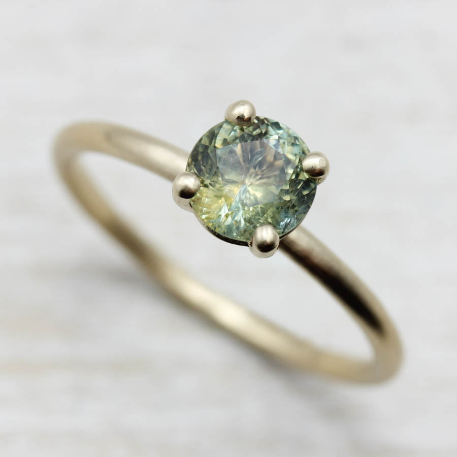 Basket Solitaire with Green Montana Sapphire, Engagement Ring - Aide-mémoire Jewelry