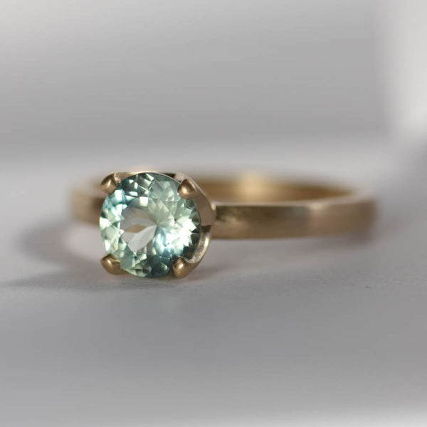 Light Aqua Malawi Sapphire Solitaire Engagement Ring, Engagement Ring - Aide-mémoire Jewelry