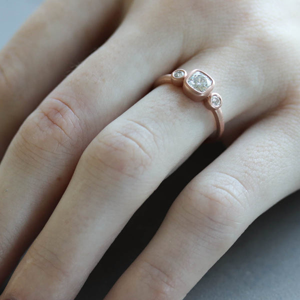 Cushion Three Stone Ring, Engagement Ring - Aide-mémoire Jewelry