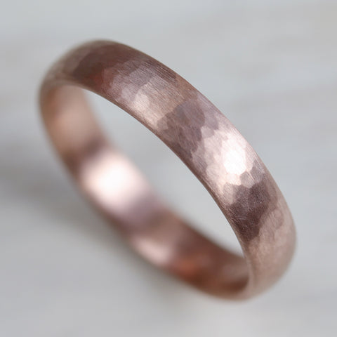 Wide Hammer Texture Hand-carved Classic Band