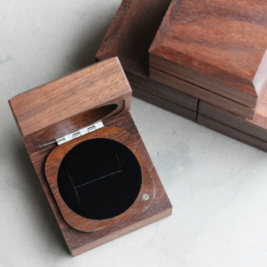 Handmade Sustainable Walnut Ring Boxes Aidemmoire Jewelry