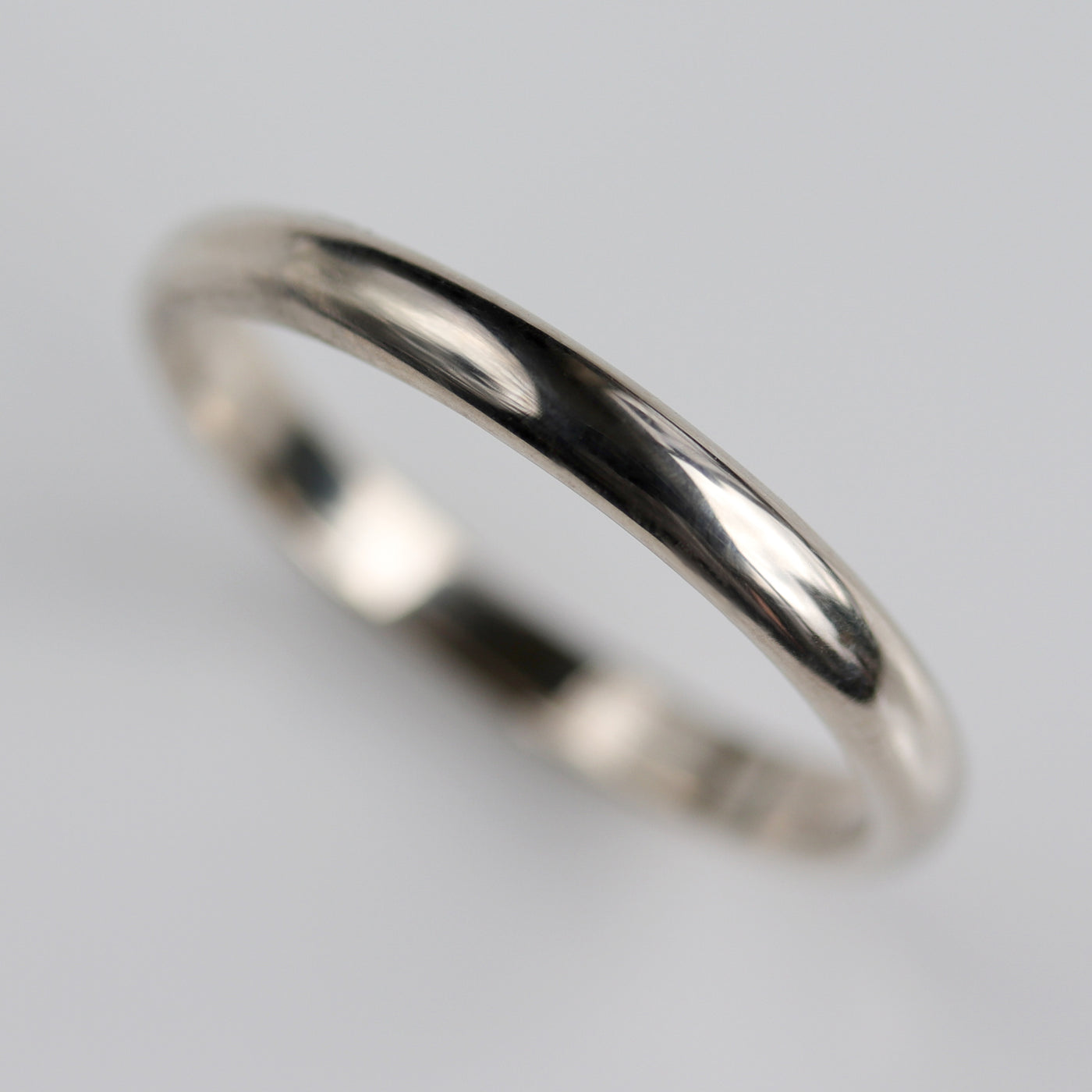 Size 6.25 - 2.5x1.5mm 14k White Gold Classic Band