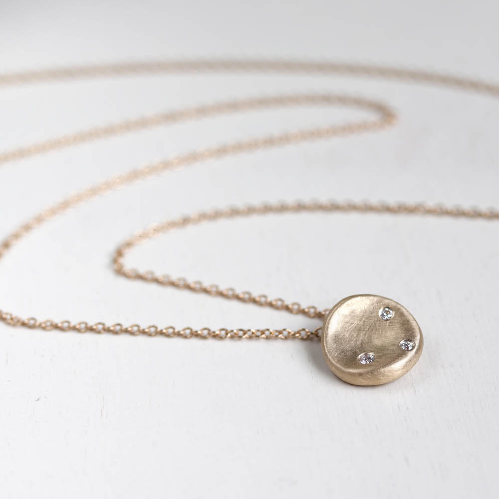 Medium Sculpted Disc Diamond Pendant, Necklace - Aide-mémoire Jewelry