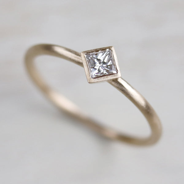 3mm Oblique Square Solitaire Engagement Ring