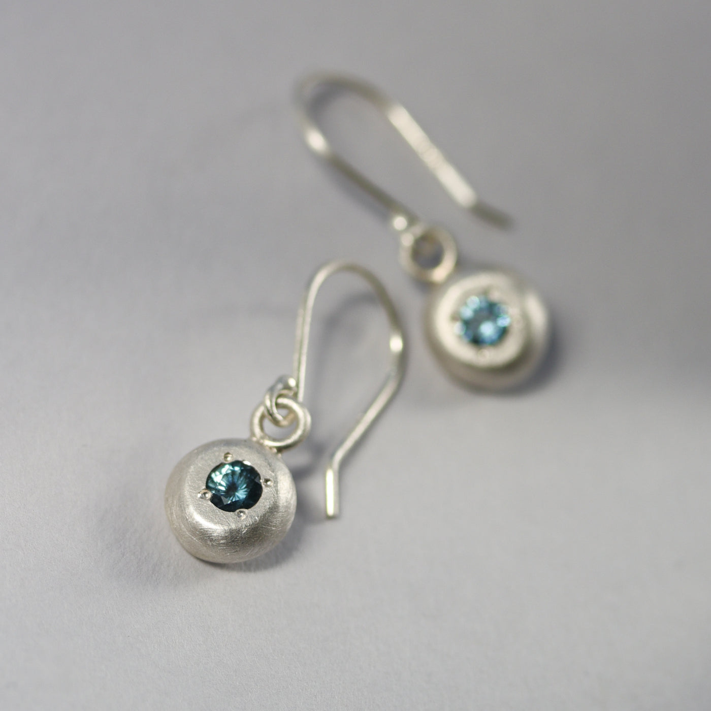 3mm Sapphire Pebble Dangle Earrings •