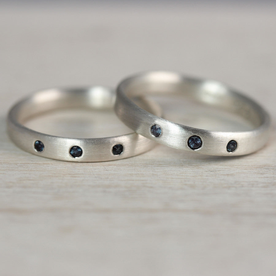 Silver Edgeless Bands with Flush Set Alexandrites, Engagement Ring - Aide-mémoire Jewelry