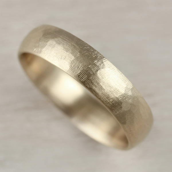 Wide Stone Texture Hand-Carved Classic Band •